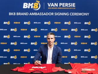 Robin van Persie joins BK8 1